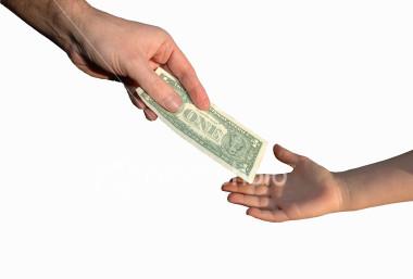 child receiving allowance
