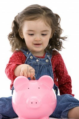 for small kids parents need to encourage to start saving despite the little money that you give them you can introduce the traditional piggy bank to your - Small Kids Images
