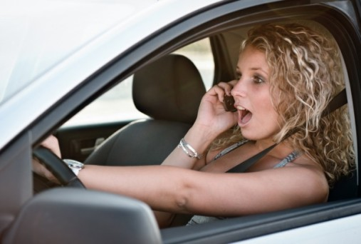 Safety Tips for Teen Girls Driving Alone