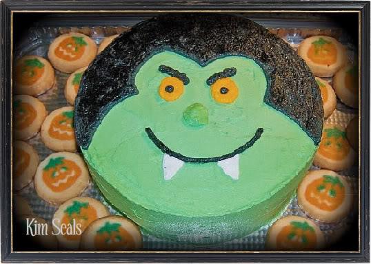 source the easiest halloween dracula cake ever