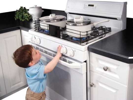 for 5 kitchen safety tips