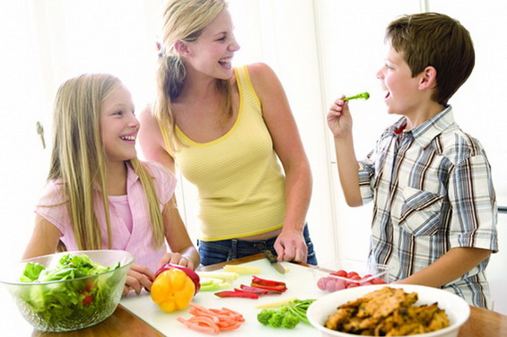 kids-eating-vegetables